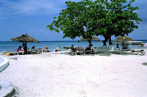 Mammee Bay Beach Ocho Rios Jamaica لم